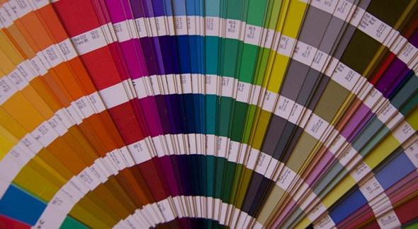 Wat zijn steunkleuren de voordelen en nadelen van pantone kleuren for Wat zijn de koele kleuren